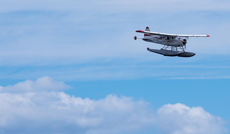 seaplane-1552054_960_720